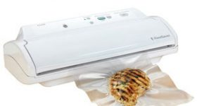 Top 5 FoodSaver Vacuum Sealer Reviews – Trust The Brand